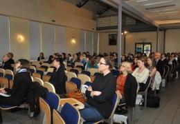 """VI konferencja z cyklu Kobiety w Nauce i Biznesie 2014 - """"Mierząc ponad horyzont"""""""